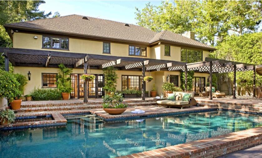 Bob Einstein's Beverly Hills home sells for $3.69 million