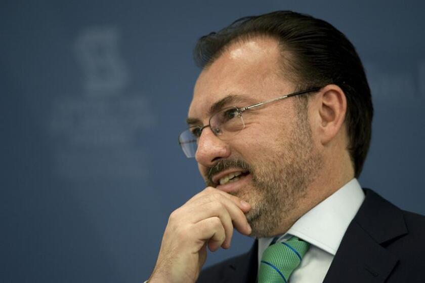 El secretario de Relaciones Exteriores de México, Luis Videgaray (c). EFE/Archivo