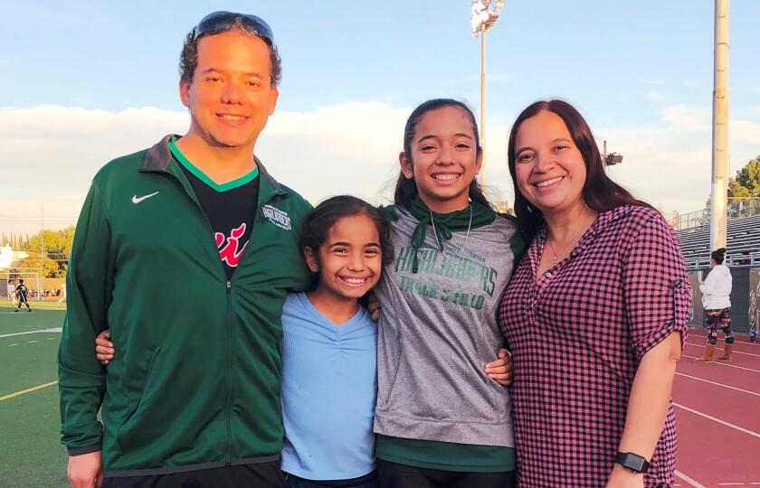 Hija de padres matemáticos mexicanos brilla en atletismo en ...