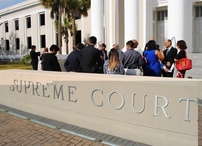 La Corte Suprema de Florida falló hoy a favor de someter a revisión unas 200 de las 400 sentencias a muerte en el estado, al decidir que podrán hacerlo aquellos reos que finalizaron el proceso judicial después de 2002. EFE/ARCHIVO