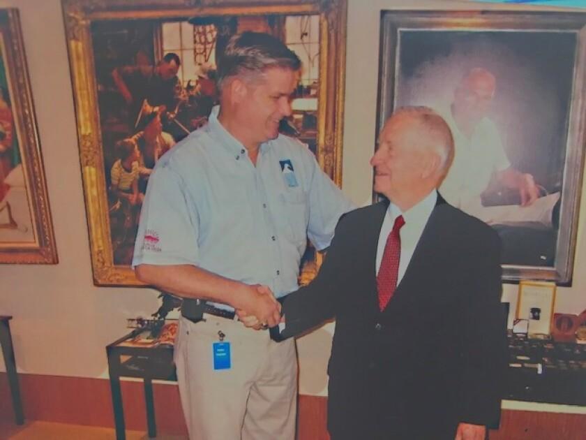 Ross Perot with Dan Beintema.jpg
