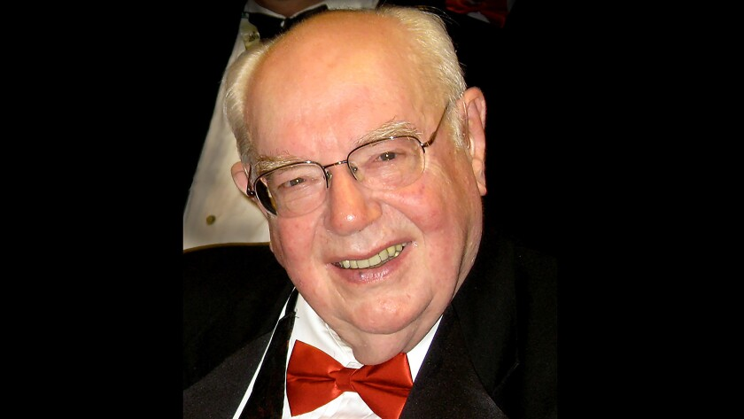 Robert W. Gibson, a veteran journalist and editor known for dramatically transforming a paltry Los A