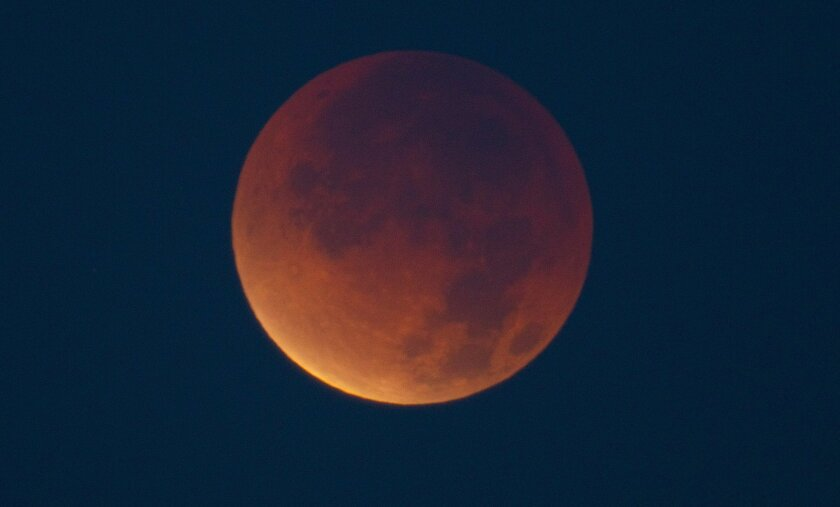 Stunning lunar eclipse