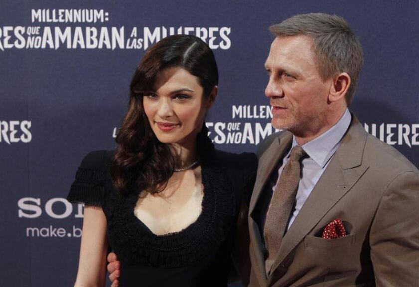 El actor Daniel Craig y su esposa Rachel Weisz esperan un hijo. EFE/Archivo