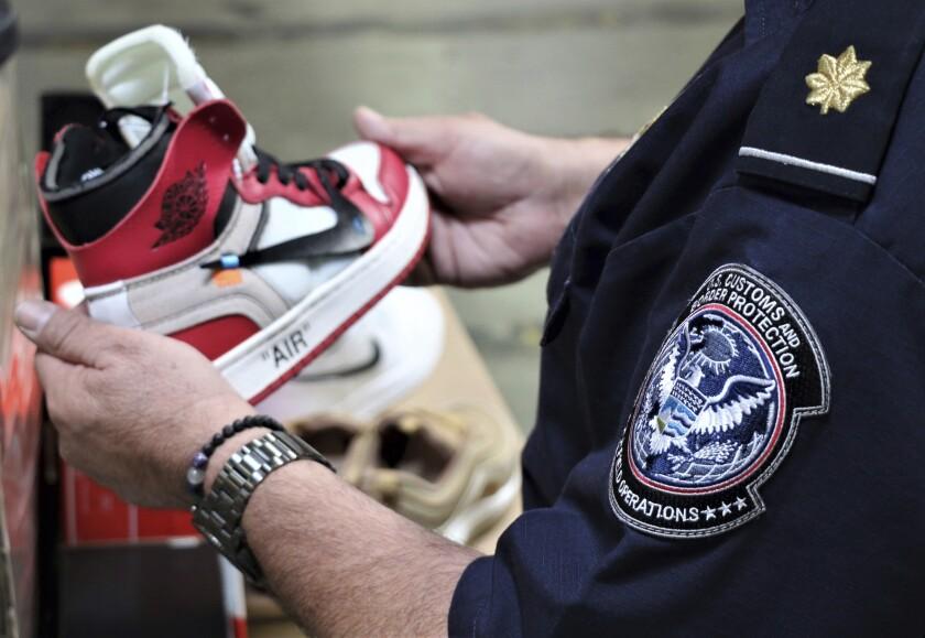 Fake Nikes
