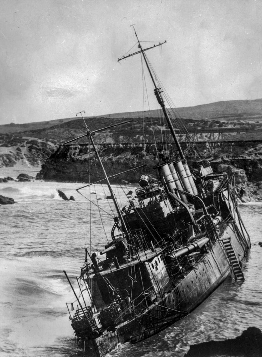 A U.S. Navy destroyer that ran aground near Point Arguello