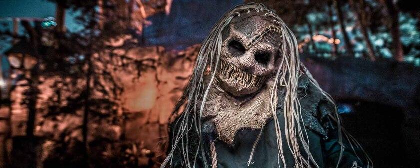 En California los negocios no dejan morir el festejo de Halloween.