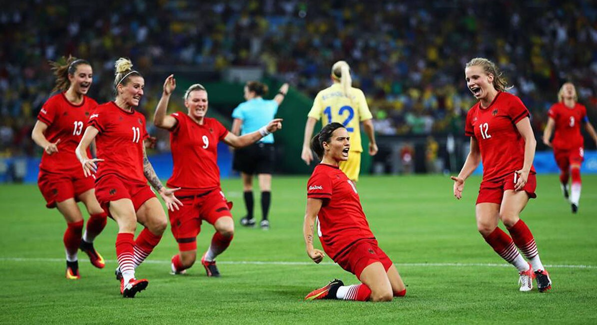 Alemania gana oro en futbol femenil