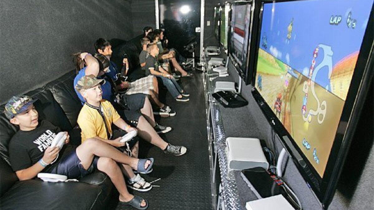 Video Game Truck Birthday Party   CA