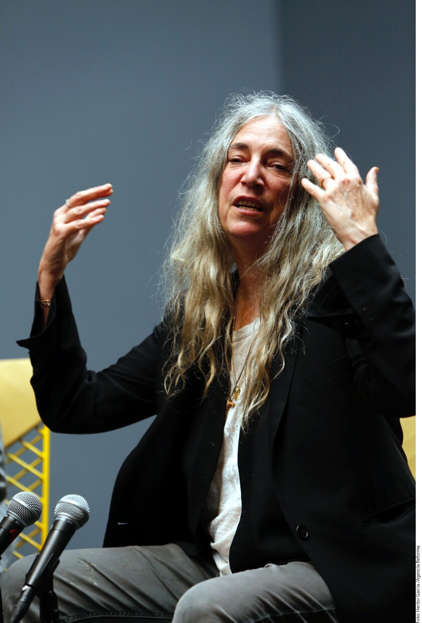 Patti Smith denuncia la farsa