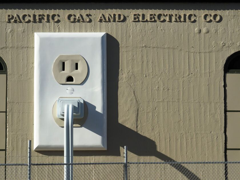 Pacific Gas and Electric (PG&E) to file for bankruptcy, Petaluma, USA - 16 Jul 2015