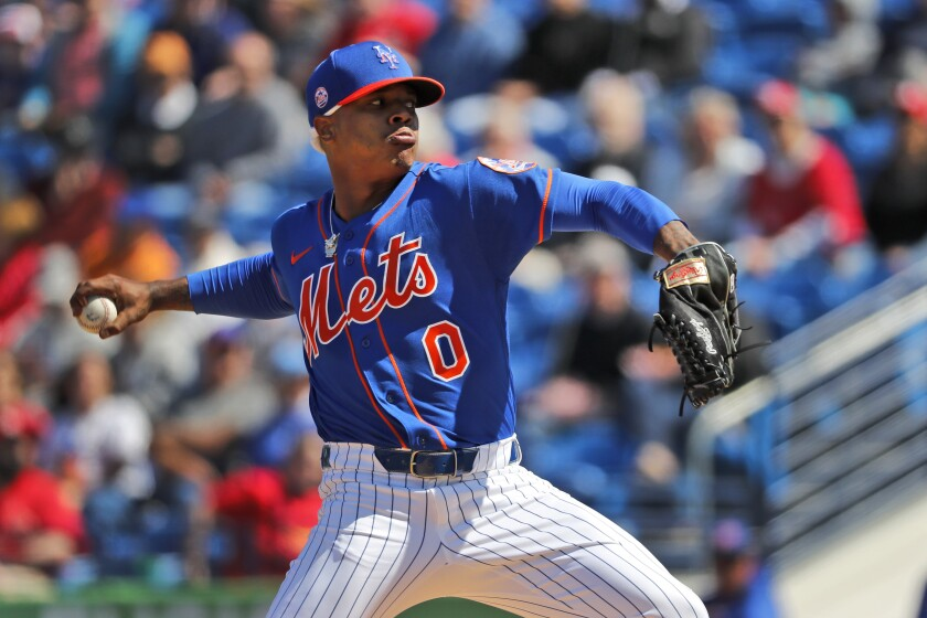 ARCHIVO - En esta foto del 28 de febrero de 2020, Marcus Stroman, de los Mets de Nueva York