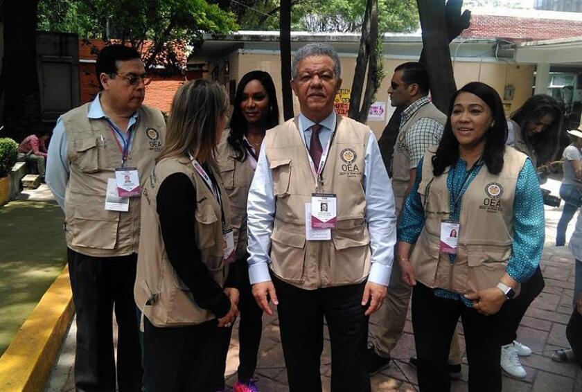 """Observadores OEA celebran armonía y afluencia """"masiva"""" en comicios mexicanos"""