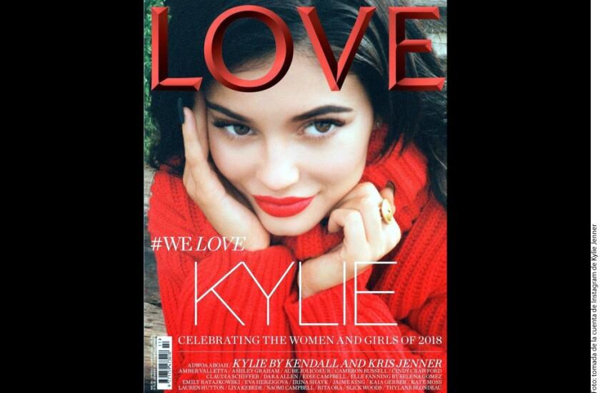 Kylie Jenner ¡posó para la portada de la edición de primavera/ verano del 2018 de la revista Love!