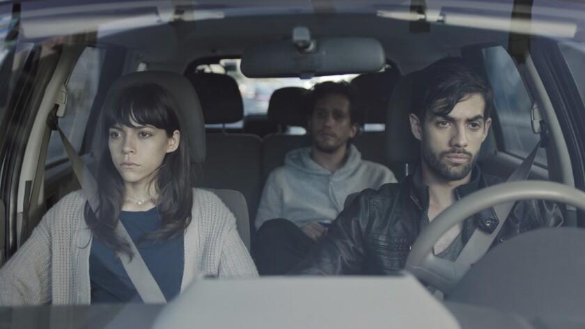 """Ruth Ramos, Mario Moreno y Juan Carlos Huguenin, de izquierda a derecha, en una escena de la película """"Fractal"""""""