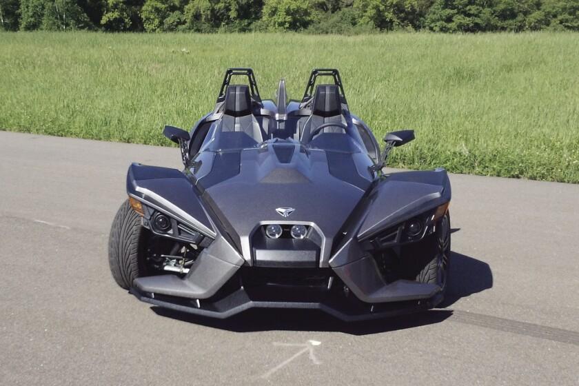 Polaris Sling Shot >> First Look Polaris Slingshot Roadster Unveiled Los