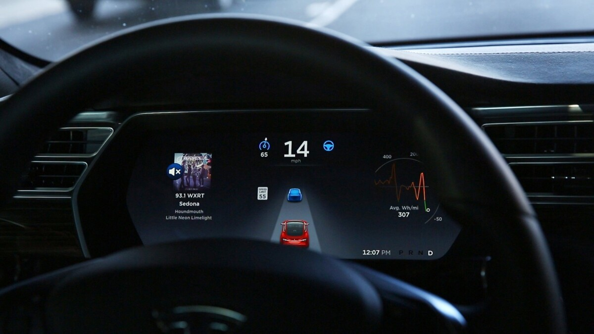Tesla expands self-driving software test — but only to drivers it deems worthy