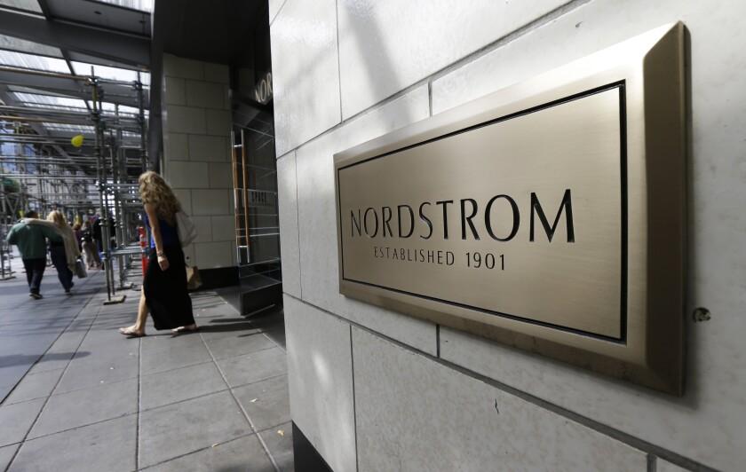 Earns Nordstrom