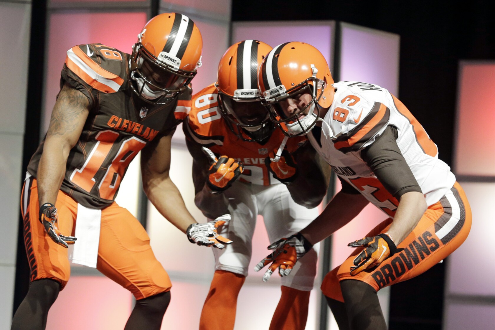 newest da269 6452f Cleveland Browns the 'Oregon Ducks of the NFL' thanks to new ...