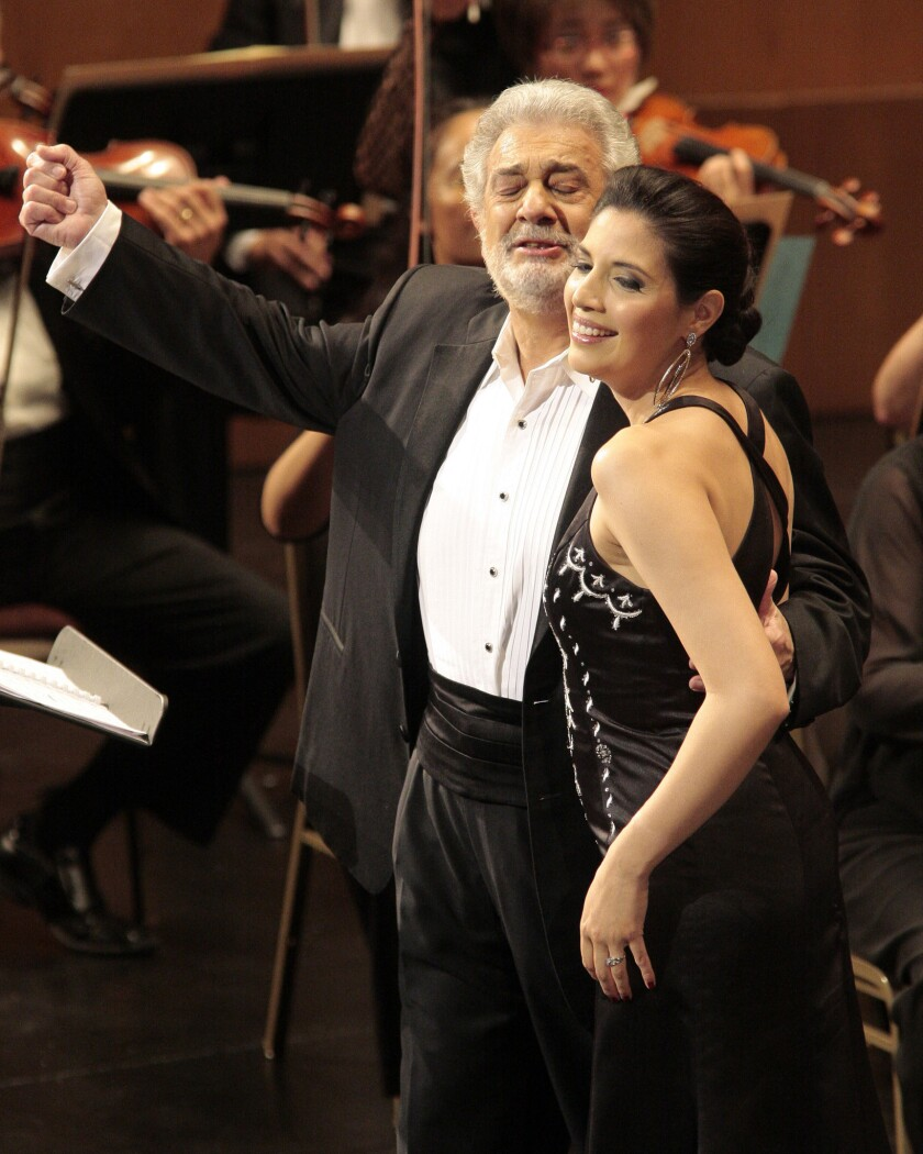Review: Recital swells with Placido Domingo's expansive tenor