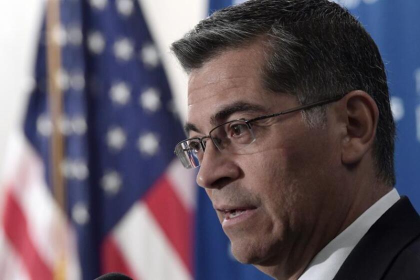 Fiscal de California pide que no se castigue a familias con indocumentados