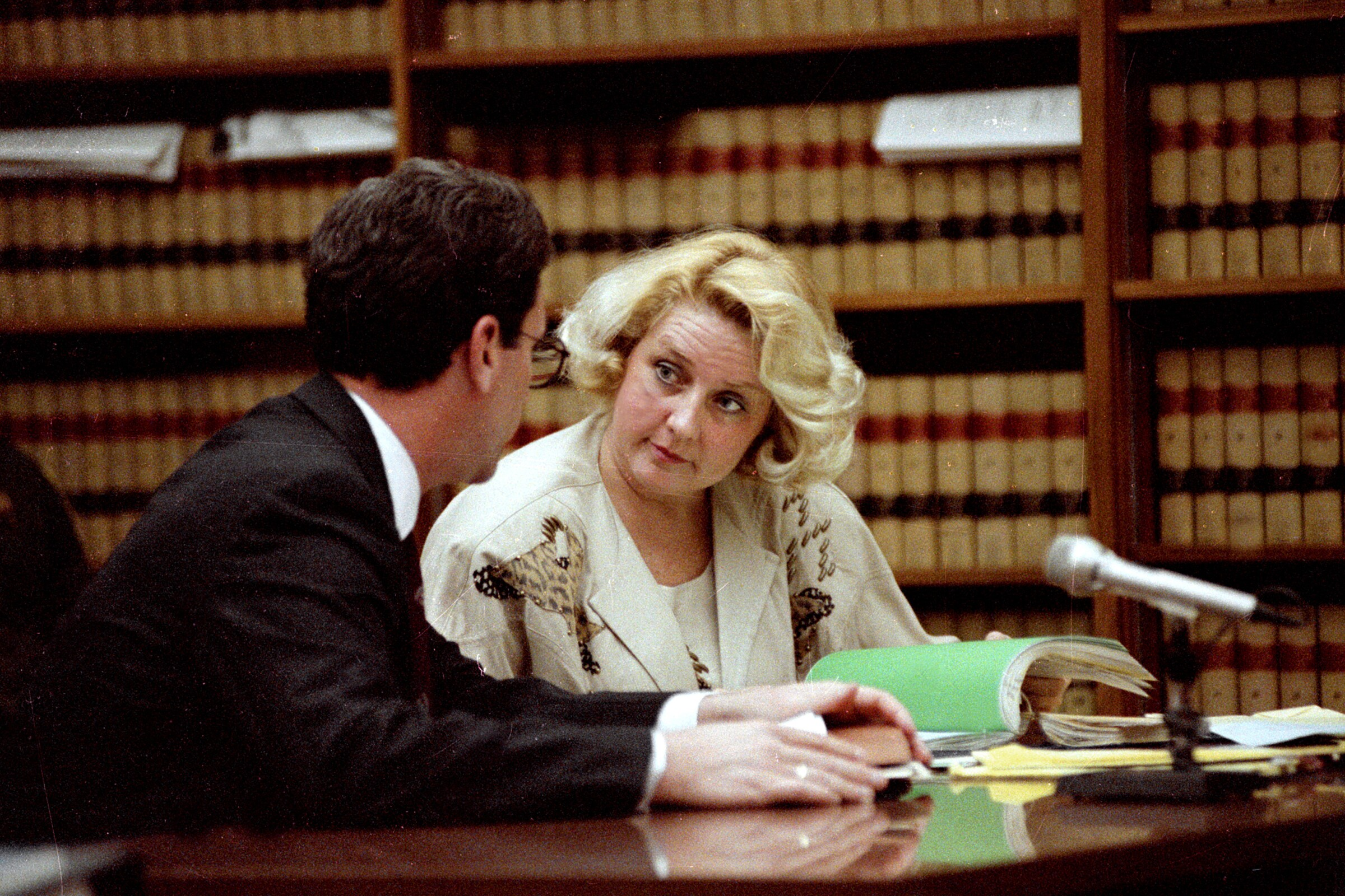 Dirty John': Here's the real-life story of Betty Broderick - Los ...