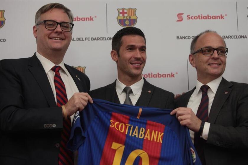 El Club Barcelona implementará en México el programa 'FútbolNet' gracias a un acuerdo de patrocinio de tres años con el grupo financiero Scotiabank, informó hoy en la capital mexicana, su director de la oficina en Nueva York, Arno Trabesinger. EFE