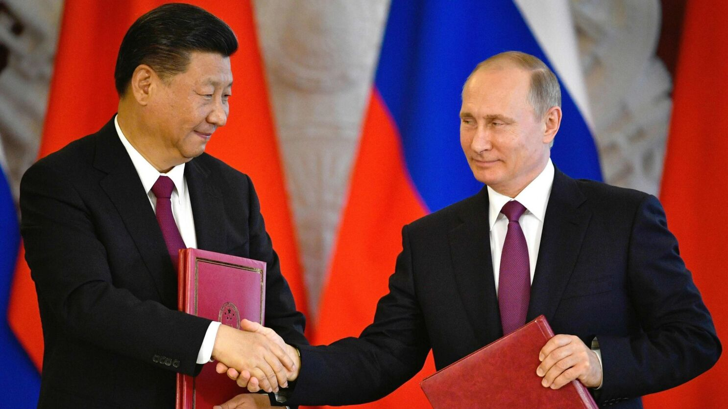 Presidents For Life A Conversation About Xi Jinping And Vladimir Putin Los Angeles Times