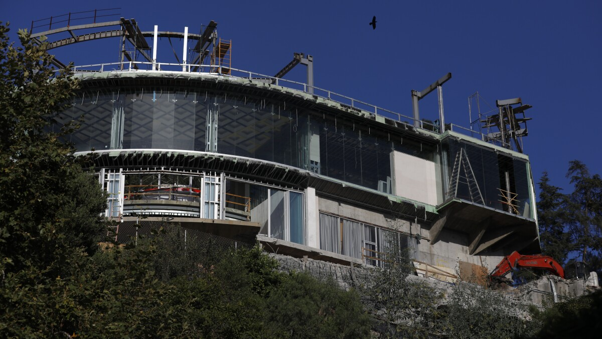 Bel Air Mega Mansion That Led To Charges For Mohamed Hadid Must Be Torn Down Los Angeles Times
