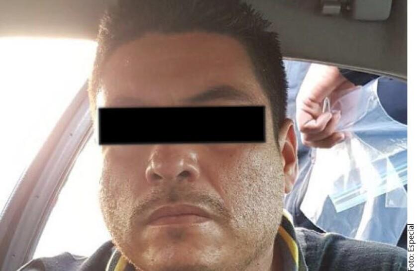 """Mario Alberto Rodríguez Benítez, presunto miembro de la organización delictiva """"Los Rojos"""", fue detenido este miércoles en Jalisco por elementos de la Policía Federal (PF) y de la Procuraduría General de la República (PGR)."""