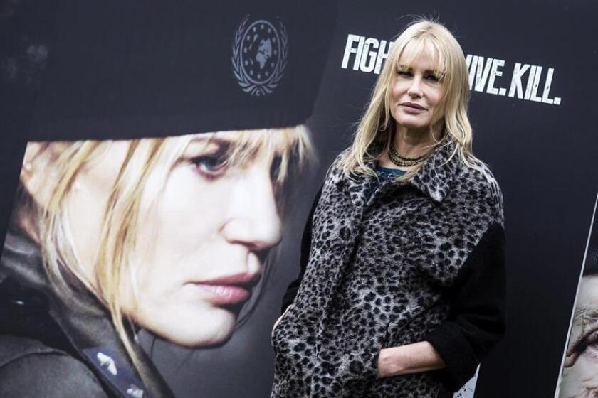 La actriz estadounidense Daryl Hannah posa para los fotógrafos durante la presentación de la película ''Sights of Death'', en Roma (Italia). EFE/Archivo