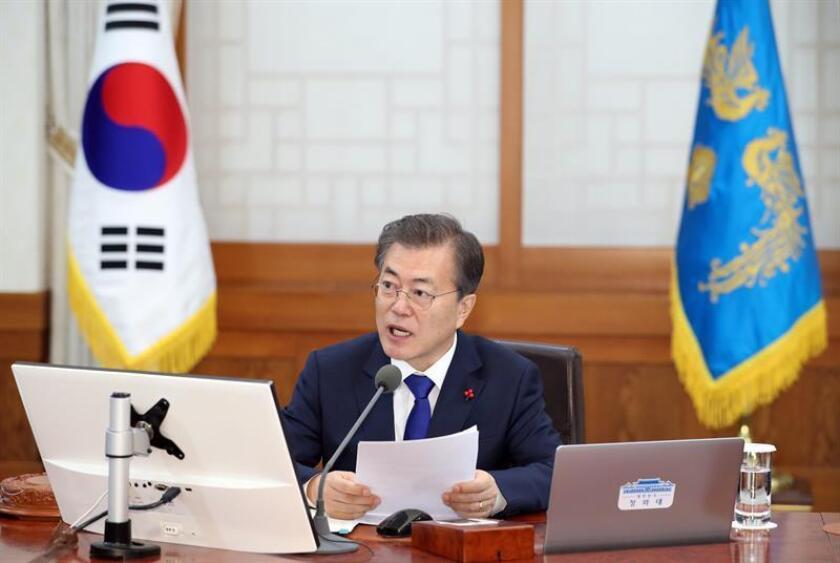 """El presidente, Donald Trump, expresó hoy """"su disposición"""" a sostener conversaciones con Corea del Norte """"en el momento apropiado, bajo las circunstancias adecuadas"""" en una conversación con el presidente surcoreano, Moon Jae-in. EFE/Archivo"""