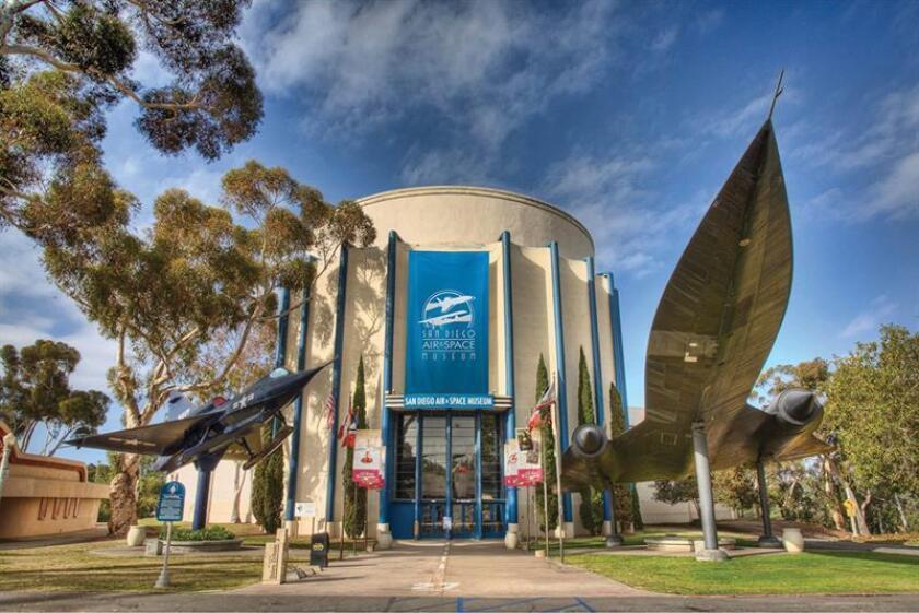 Fotografía cedida donde se aprecia la facha del Museo del Aire y del Espacio ubicado en el emblemático Parque Balboa de San Diego (California). EFE/Balboa Park/SOLO USO EDITORIAL/NO VENTAS