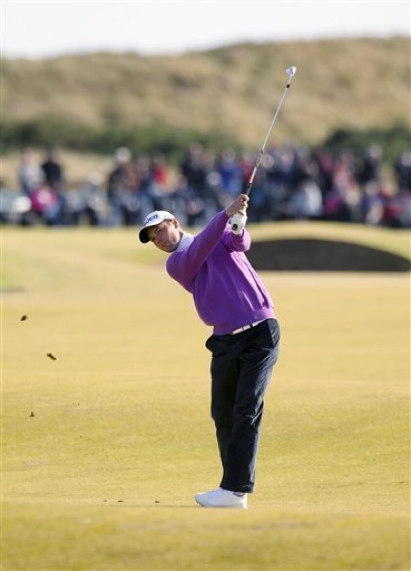 Germany's Martin Kaymer in action during day three of the Alfred Dunhill Links Championship at St Andrews Golf Course, in Fife, Scotland, Saturday Oct. 6, 2012. (AP Photo / Lynne Cameron, PA) UNITED KINGDOM OUT - NO SALES - NO ARCHIVES