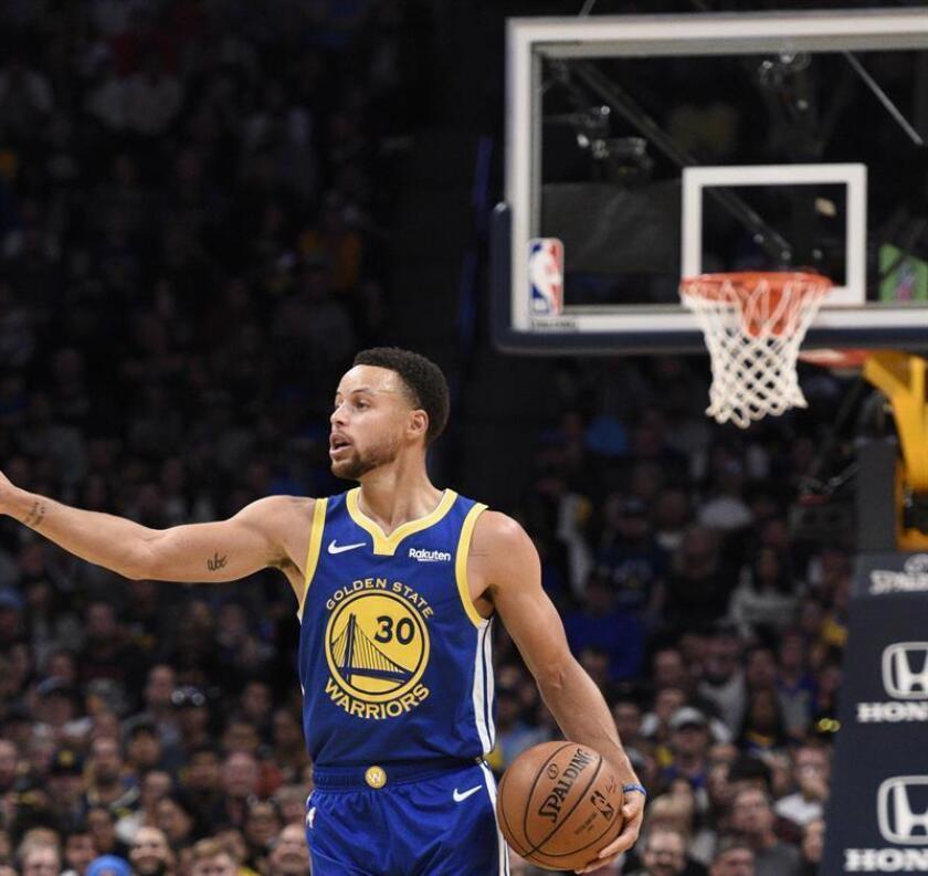 Stephen Curry de los Golden State Warriors en acción. EFE/Archivo