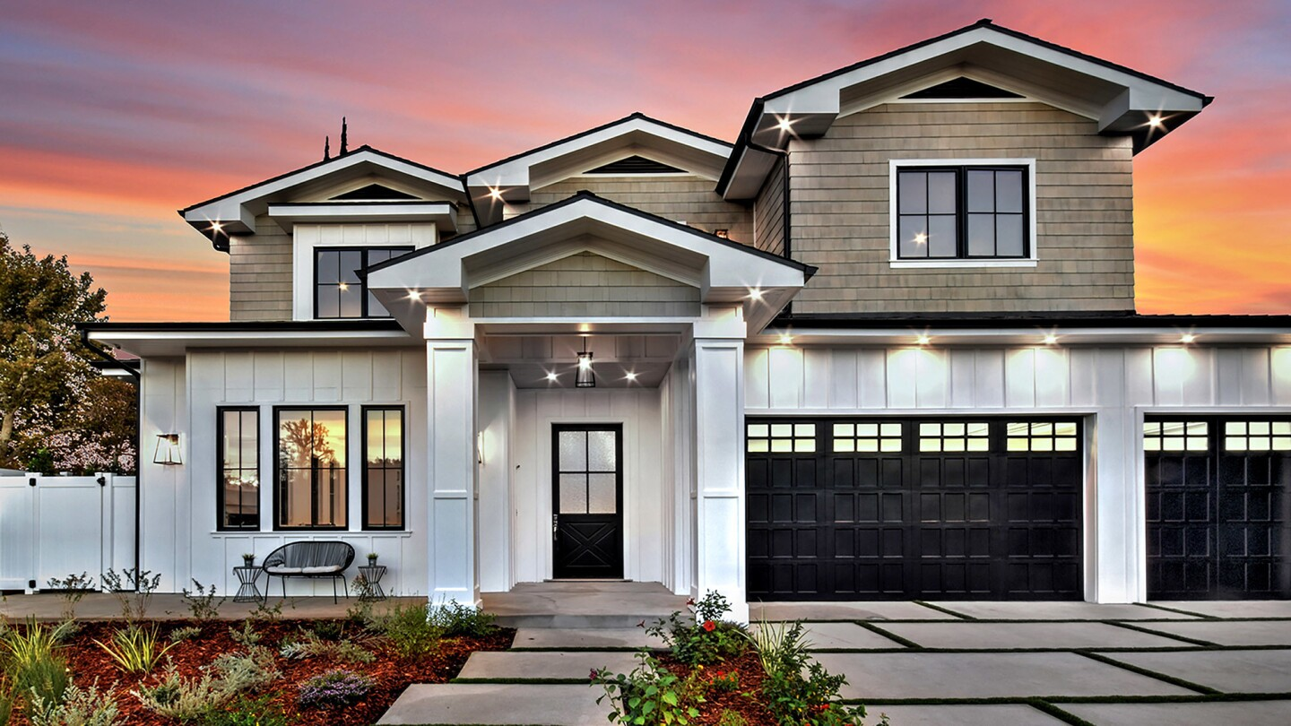 The 2017 home's amenities include a chef's kitchen, an outdoor kitchen, a saltwater swimming pool and spa, and a custom theater with a 4K projector.