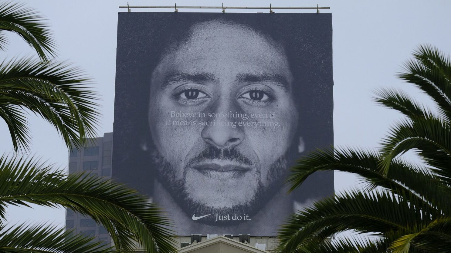 Store Wouldn T Sell Nike Gear After Colin Kaepernick Ad Now It S Going Out Of Business Los Angeles Times