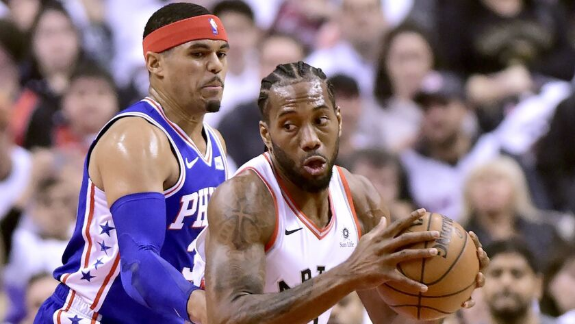 NBA playoffs: Kawhi Leonard scores 45 points, Raptors top