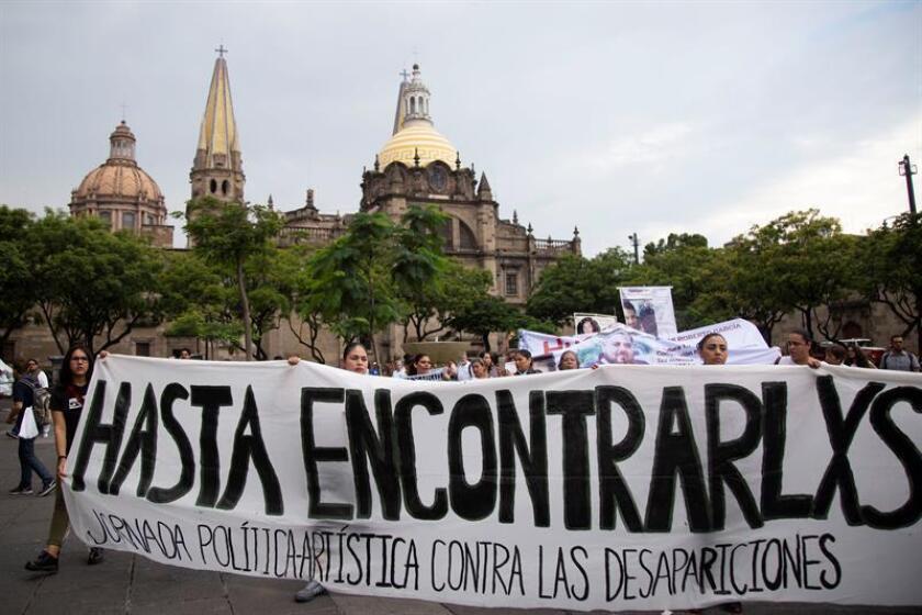 En México hay 37.485 casos oficiales de personas desaparecidas, de los cuales 340 ya han sido identificadas, confirmó hoy el secretario de Gobernación de México, Alfonso Navarrete Prida. EFE/ARCHIVO