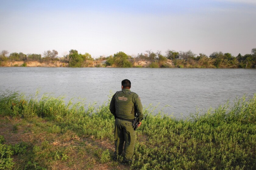 Border Patrol's use of deadly force criticized in report