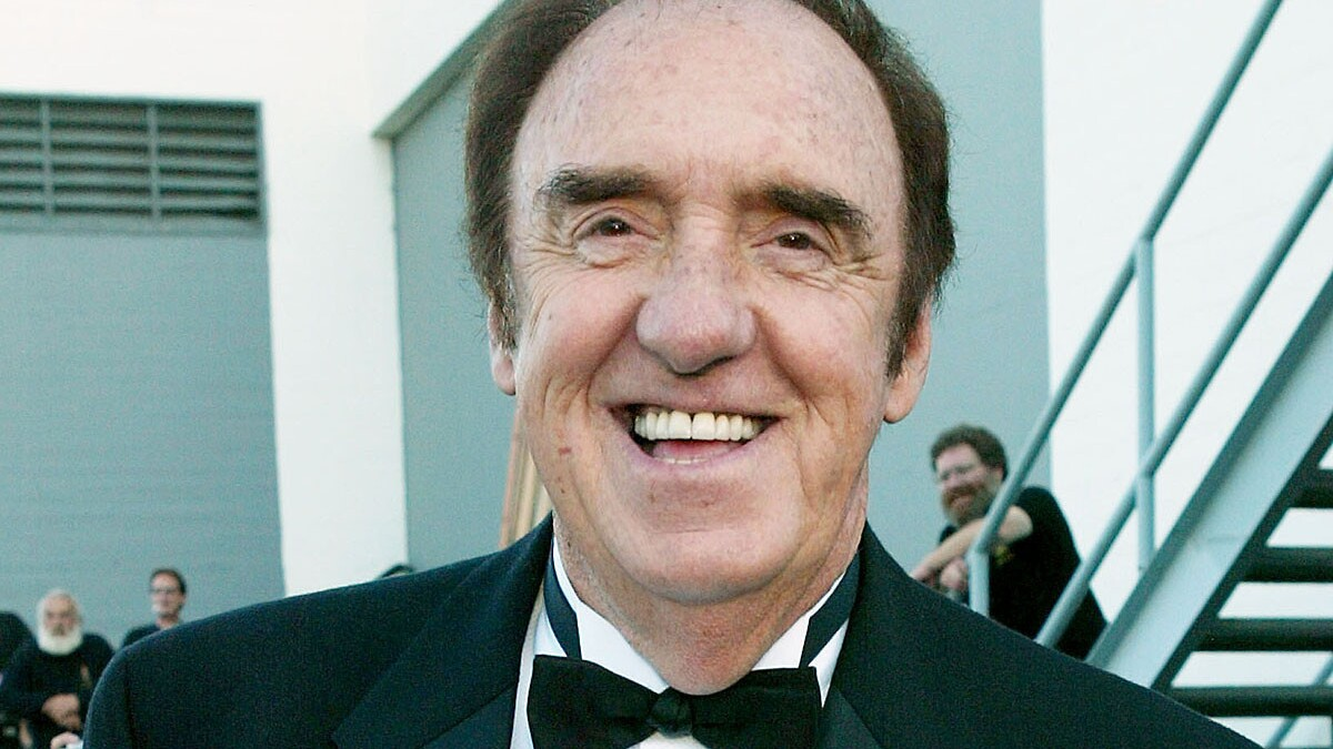Jim Nabors Of Gomer Pyle Fame Marries Male Partner Of 38 Years Los Angeles Times Cadwallader met nabors in 1975, and they were partners for 38 years before they tied the knot. jim nabors of gomer pyle fame marries