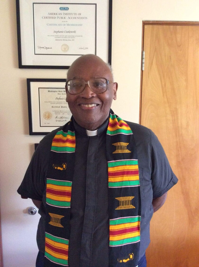Fr. Joseph Oneal McGowan served as a Jesuit for 59 years and as a priest for 46 years.