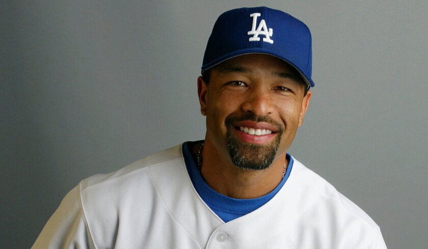 Dave Roberts, shown in 2003, became an established player with the Dodgers from 2002 to 2004.