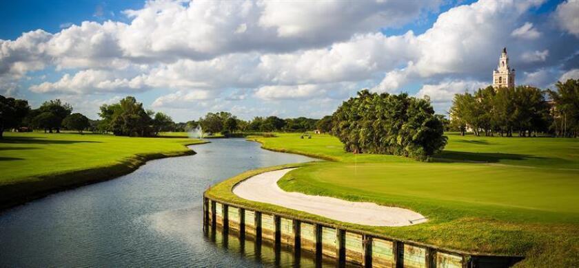 Fotografía sin fecha cedida hoy, miércoles 1 de agosto de 2018, por el Hotel Biltmore, donde se muestra una vista del campo de golf del Hotel Biltmore, en Miami, Florida (EE.UU.). EFE/Cortesía Hotel Biltmore/SOLO USO EDITORIAL/NO VENTAS