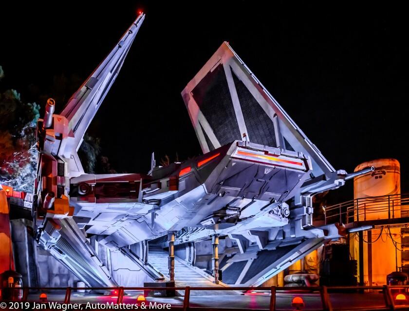 01862-20191020 Art Center College of Design Car Classic-One of a Kind+Disneyland-Halloween Main St fireworks+Fantasmic+Star Wars Galaxys Edge-Millenium Falcon-w VIDEO-Z6