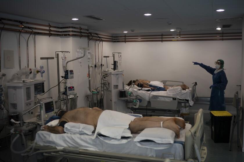 Virus Outbreak Inside the ICU