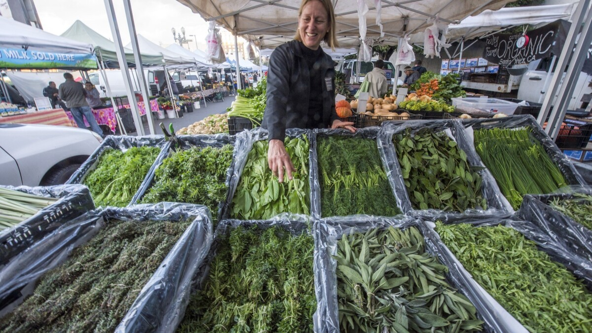 Farmers Markets The Family Behind Maggie S And Kenter Canyon Farms Los Angeles Times