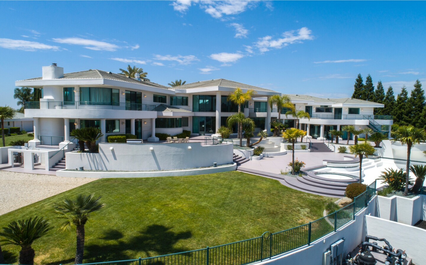 Eddie Murphy's former Granite Bay compound | Hot Property