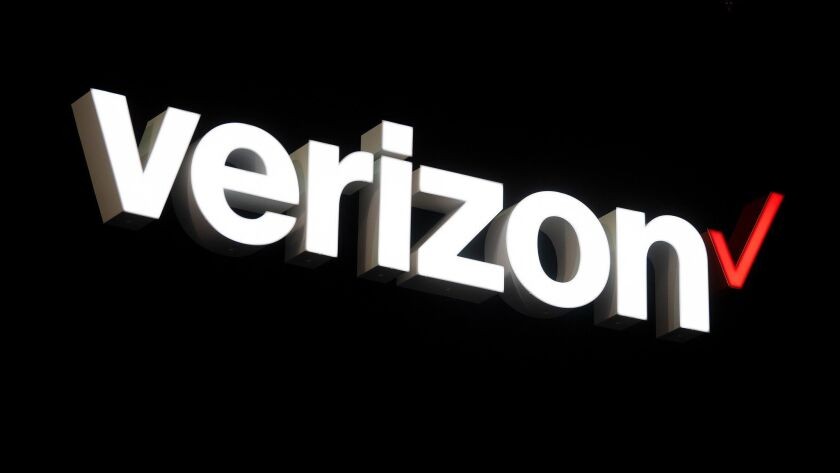 Only customers in parts of Chicago and Minneapolis can use Verizon's new 5G service so far, and they need to have a specific phone and pay fees.