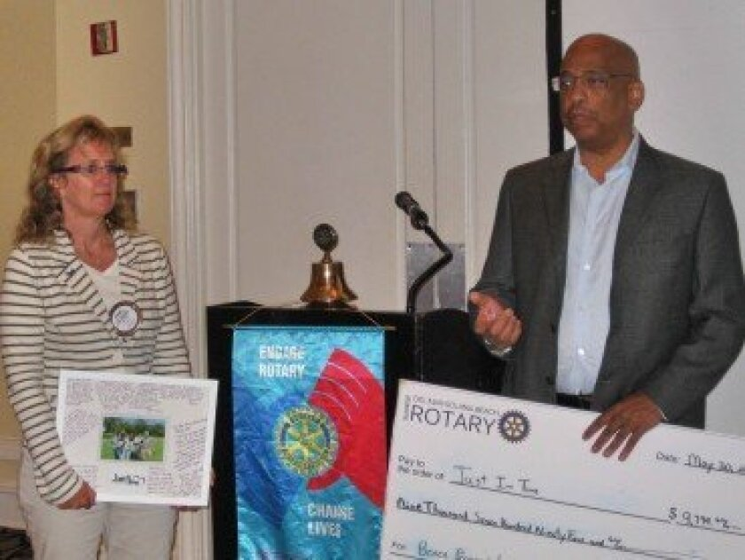 (L-R) Susan Hennenfent (Rotary Club Past-President) and Don Wells (Executive Director of Just in Time for Foster Youth)